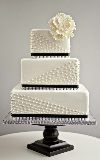 simple-square-black-and-white-wedding-cake-with-pearl-detail